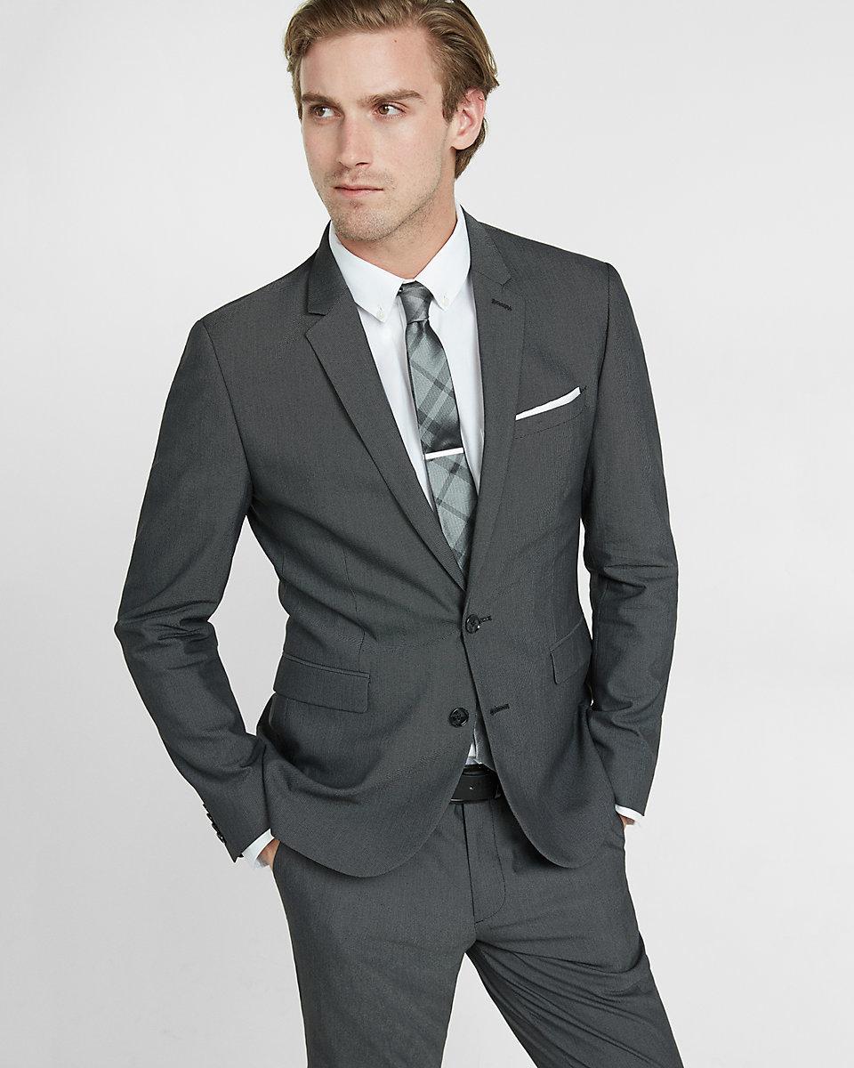 c mo combinar trajes para hombre azul marino gris y negro. Black Bedroom Furniture Sets. Home Design Ideas